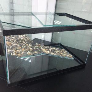 Аквариум для черепах 10л с крышкой (размеры:30х20х17см)