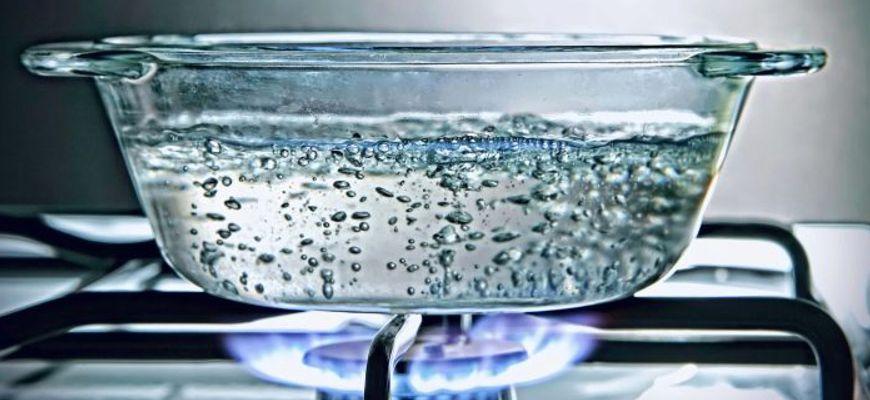 Почему аквариум нельзя заполнять быстро охлажденной прокипяченной водой